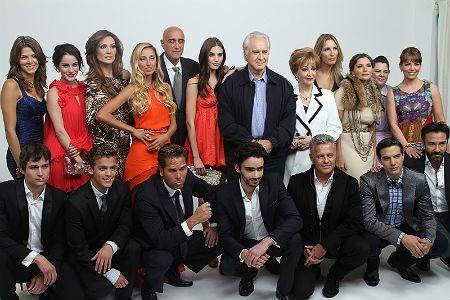 Conoce al elenco de la versión mexicana de la famosa serie 'Gossip Girl' ¿Qué les parece, les gusta?