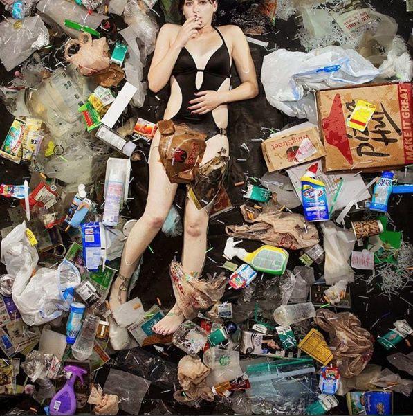 Environmental Pollution by Plastic / smoke