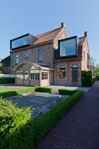 Restauration/Extension in Drongen, Belgium by CAAN Architecten Gent