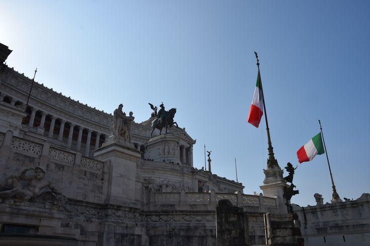 """Altare della Patria - """"Altar of the Fatherland"""", also known as the Monumento Nazionale a Vittorio Emanuele II (""""National Monument to Victor Emmanuel II"""") or Il Vittoriano"""