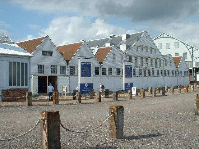 The Historic Dockyard Chatham - Tramline Tilly!