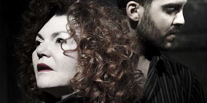Αυτή είναι η Καιομένη του Γιόν Φόσσε - http://ipop.gr/themata/vgainw/afti-ine-keomeni-tou-gion-fosse/