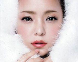 安室奈美恵になれる!?メイク方法や美肌の秘訣、愛用コスメを調査!のサムネイル画像