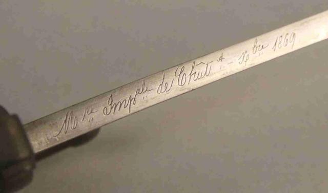 SABRE BAIONNETTE CHASSEPOT de Marine, lame marquée Mre Impale de Châtt Nbre 1869 , croisière à l ancre de Marine. Fourreau fer (au même numéro).