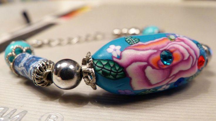 Focal fimoklei kraal armband via Birdie By AnneMary Westera