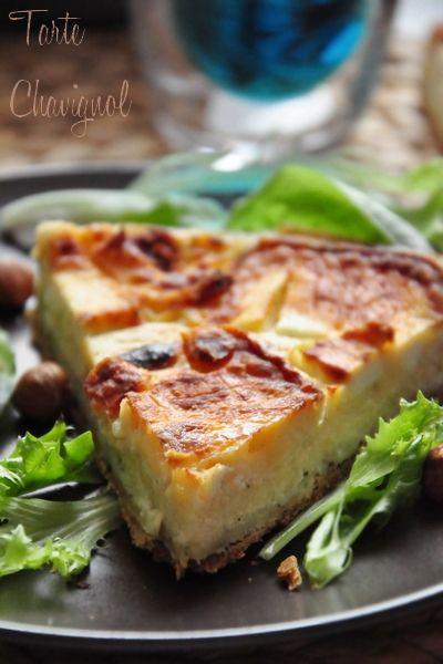 """Voici une tarte salée dont je raffole: elle fait partie de mon """"Top 3"""" avec la tarte aux tomates confites et à la fêta et la tarte succulente au fromage. Je l'ai faîte plusieurs fois déjà, c'est toujours un régal. Cette tarte Chavignol se compose d'une..."""