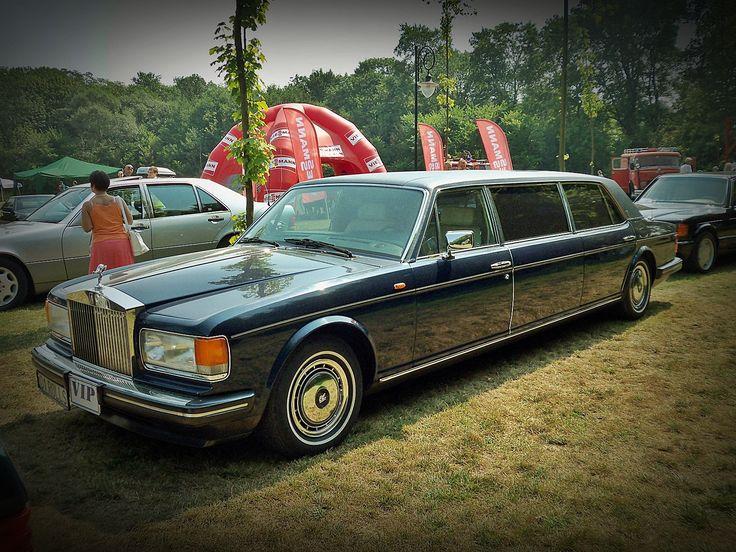 Rolls-Royce Silver Spirit Royale Limousine