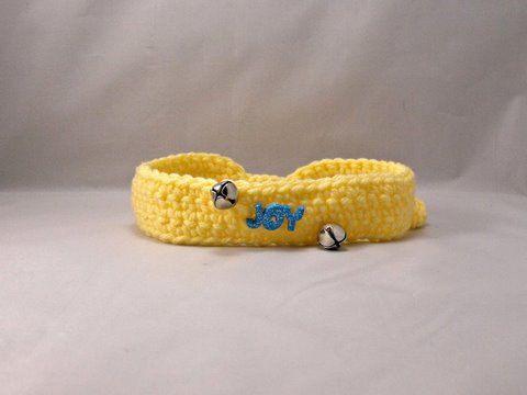 Collar de perro/gato amarillo de la alegría de ganchillo