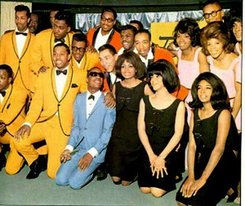 MOTOWN!  -  S.Wonder-The Supremes-The Marvelettes-The Four Tops-The Temptations-......