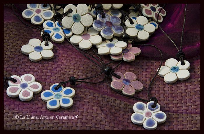 """Línea : """"Flor relieve""""- Diseño de La Lluna, Arte en Cerámica®"""