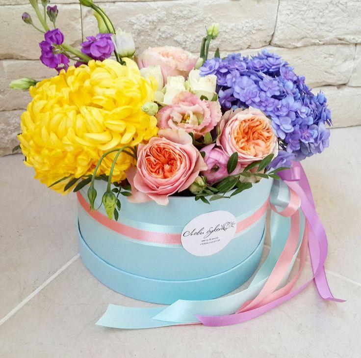 старые открытки с днем рождения с цветами в шляпной коробке фото филенчатые фасады