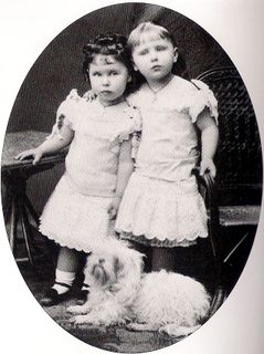 A sweet portrait of Alfred and Marie's 2 eldest daughters, Princess Victoria Melita (left) and Princess Marie.  Victoria Melita was the 3rd child and 2nd daughter of her parents.