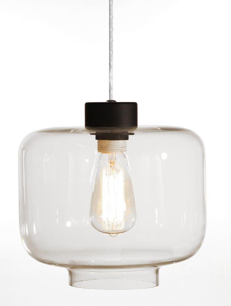 Ritz taklampa från Globen Lighting hos ConfidentLiving.se
