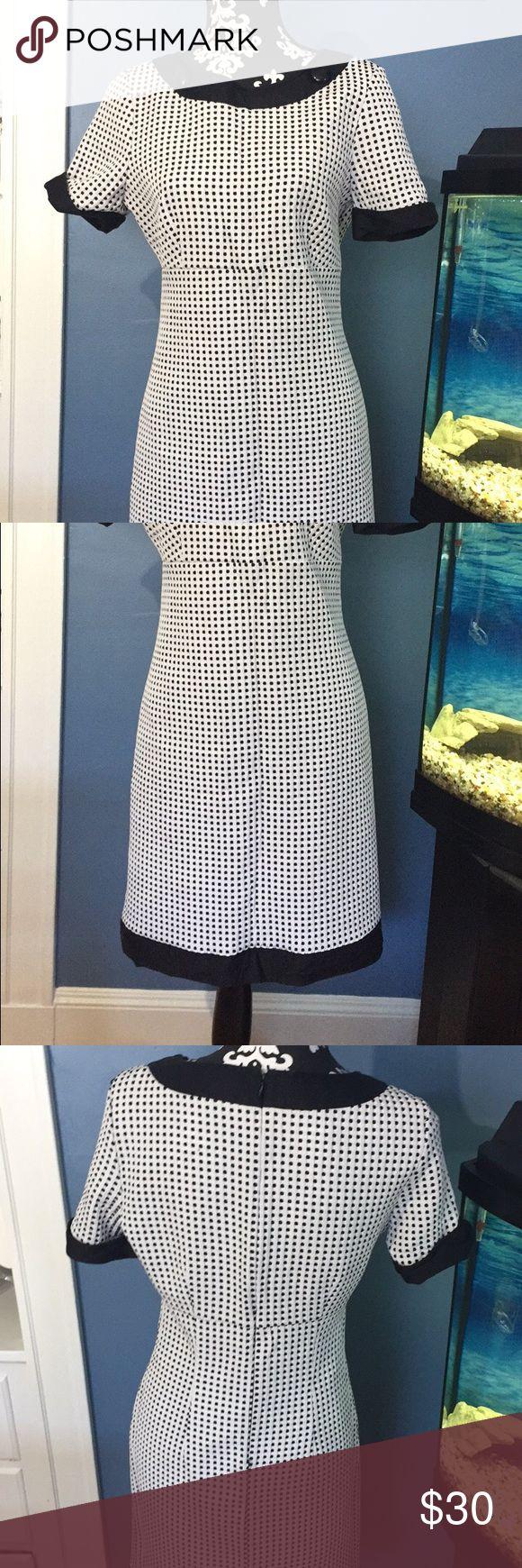 Donna Morgan Small Polka Dot Dress Donna Morgan Polka Dot Dress. Worn twice. In great condition! Size 10. Donna Morgan Dresses Midi
