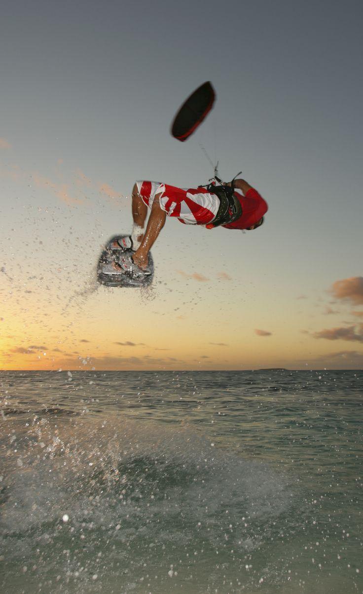 Kitesurfing in Nouméa Lagoon