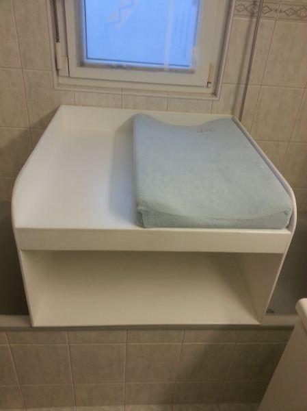 die besten 17 ideen zu wickeltisch mit badewanne auf. Black Bedroom Furniture Sets. Home Design Ideas