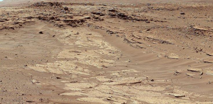 'Differential Erosion at Work on Martian Sandstones' image from the #NASA_App http://www.nasa.gov/jpl/msl/pia17959