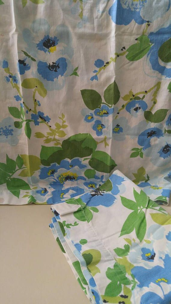 Pair of Vintage pillowcases  large blue flowers  100 cotton