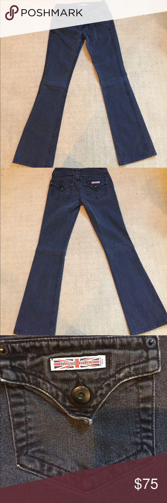 Hudson black bootcut jeans Black Hudson black bootcut flap back pocket jeans. Size 26. Hudson Jeans Jeans Boot Cut