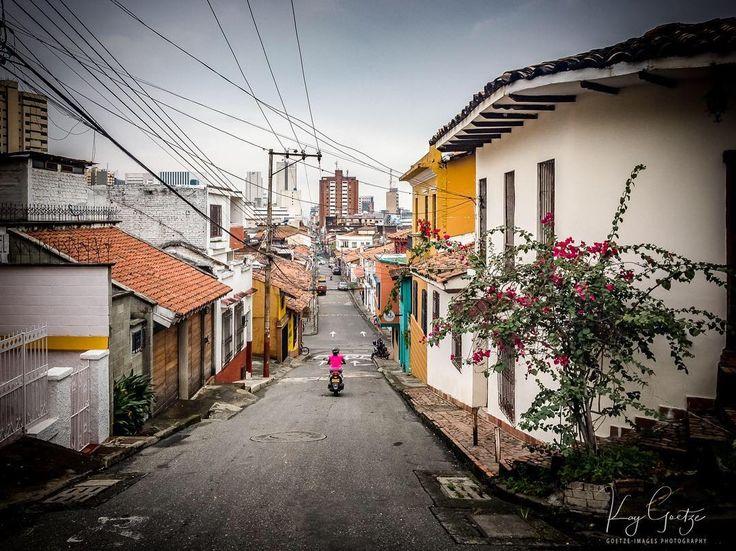 Cali  #cali #colombia  #Medellin #sanantonio #salsa #ig_colombia #bogota #myunicornlife #aroundtheworld #aroundtheworldpix #sunshine #atmosphere #romantic #travel #travelphotography #Holliday #architecture #architecturephotography #streetphotography #landscape #landscapephotography #cityscape #sonyalpha #picoftheday #lightroomeffect #beboundless #sony #sonyalpha @visit_colombia @discover.colombia @discover_colombia @travelandleisure @natgeotravel @places_to_see_before_you_die @bbc_travel…
