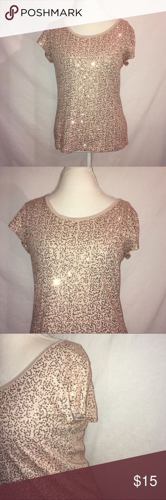 Sequin Calvin Klein Top Tan short sleeve t-shirt with gold sequins. Is in excellent condition. 100% cotton Calvin Klein Tops Tees - Short Sleeve