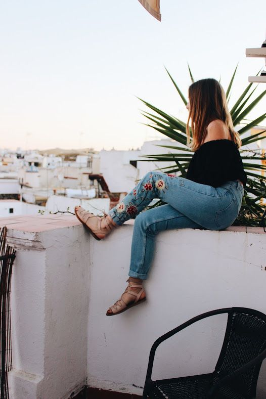 looking out over seville, andalusia, spain, europe, mediterranean, topshop, brandy melville, embroidered jeans denim, steve madden, summer, balconies, rooftop party, explore, travel, study abroad