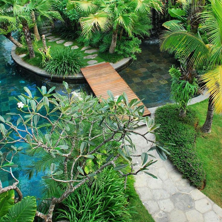 Villa Batavia pool. A classic tropical villa garden in Seminyak By Bali…