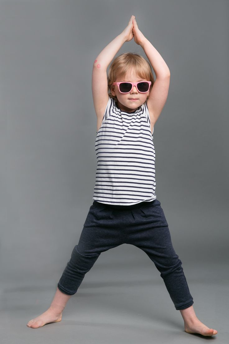 SET FOR MOM AND CHILD Set of comfortable and fits all hipsters, downwardly tapared #fashion #pants #mom #mother #doughter #child #the same wear #poland #polska #polish #kids #kidsfashion #woman #womanfashion #trousers #momanddoughter #motheranddoughter       http://www.thesame.eu/kategoria/spodnie-i-szorty-2/spodnie-granatowy-melanz-kids
