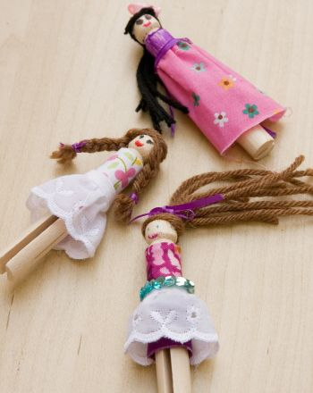Craft Cute Clothespin Dolls Activity@education.com by Hannah Boyd These old fashioned little dolls would look right at home in a pioneer cabin. They're fun to make and even more fun to play with! Use simple items like clothespins and yarn to create these darling dolls for your child to play with.