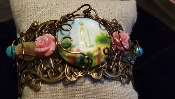 Check out this item in my Etsy shop https://www.etsy.com/ca/listing/491519497/hey-mary-peace-beads-celebrates-our-lady