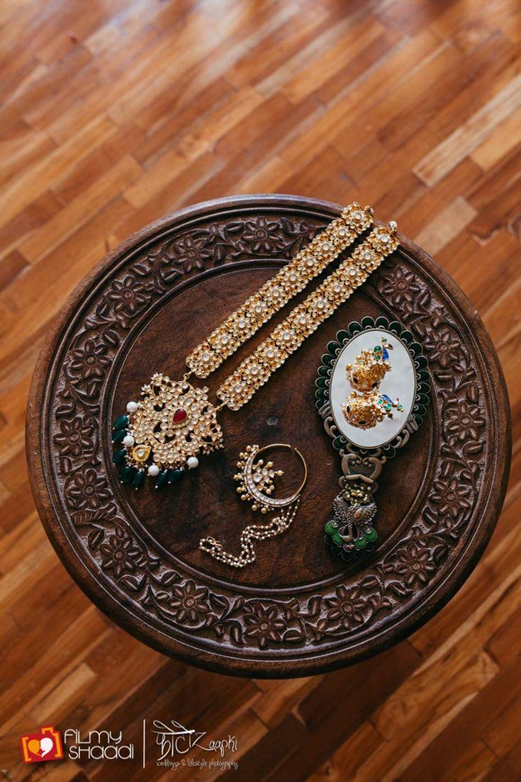 chic bride's indian wedding jewelry - Vintage Boho Hindu Wedding Dehradun   PhotozAapki