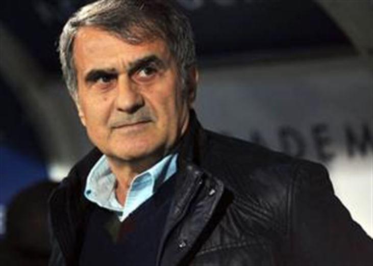 """Beşiktaş Teknik Direktörü Şenol Güneş: """"Samuel Eto'o ile 3. yıldızı takarız"""" - https://www.habergaraj.com/besiktas-teknik-direktoru-senol-gunes-samuel-etoo-ile-3-yildizi-takariz-442844.html?utm_source=Pinterest&utm_medium=Be%C5%9Fikta%C5%9F+Teknik+Direkt%C3%B6r%C3%BC+%C5%9Eenol+G%C3%BCne%C5%9F%3A+%22Samuel+Eto%27o+ile+3.+y%C4%B1ld%C4%B1z%C4%B1+takar%C4%B1z%22&utm_campaign=442844"""