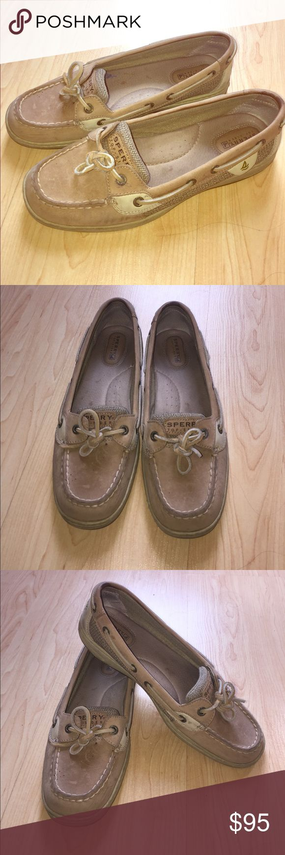 Women's 8.5 Sperry Boatshoes Have been wearing these shoes for less than 2 months, minimal wear and tear, kept up with cleaning and keeping them water damage free! Sperry Top-Sider Shoes Sandals