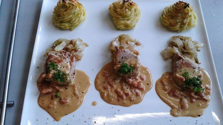 Les 1 : Varkenshaasje , gebakken witloof en prei/aardappelpuree