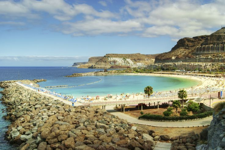 Las Palmas strand. www.cheaptickets.nl
