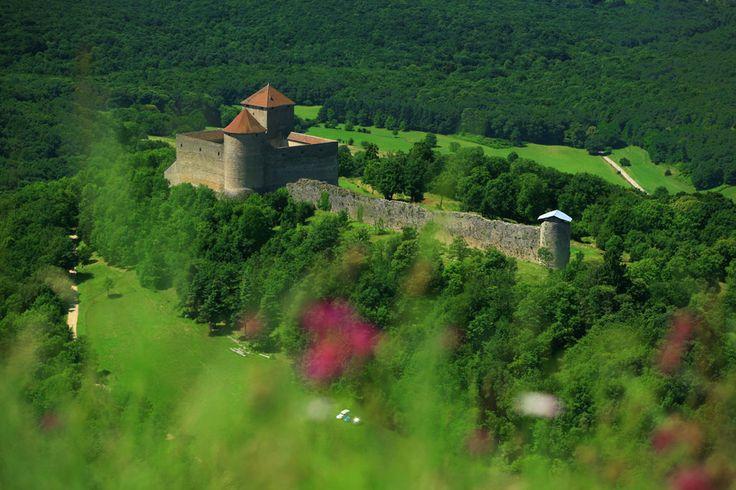 Middeleeuws kasteel Les Allymes » Montagnes du Jura