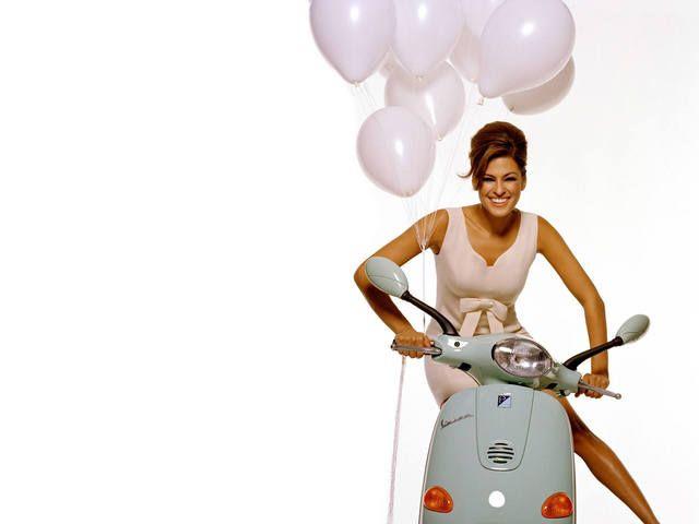 mendes811600x1200 - Eva Mendes; scooter; balloon; balloon beauty;