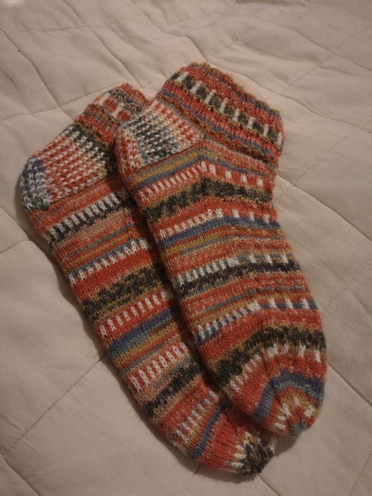 Knitting Socks Regia 6-ply