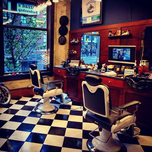 Good morning from your neighbourhood #barber shop! Hope everyone has a great day... :) #yaletown #vancouver #barbershop #barberlife - @Anna Totten smith- #webstagram