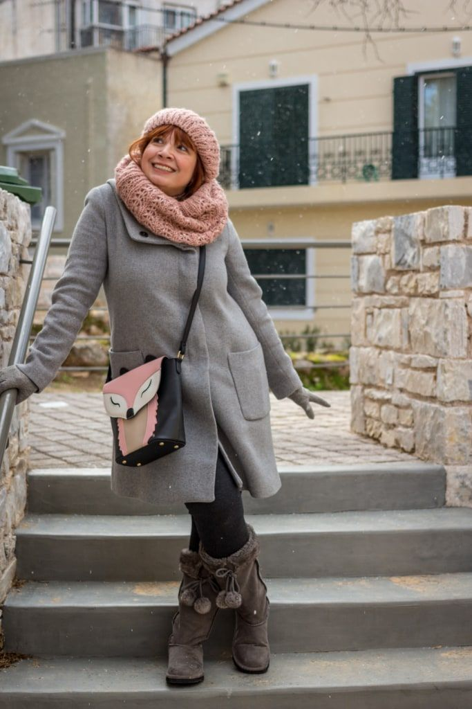 A Snowy day in Kifisia What do you get when a southern girl (i.e. resident of the southern suburbs of Athens) decides to meet her northern friend (aka Vicky of It's A Fashion Thing) in Kifisia? But of course the … http://happilychic.com/snowy-day-kifisia/