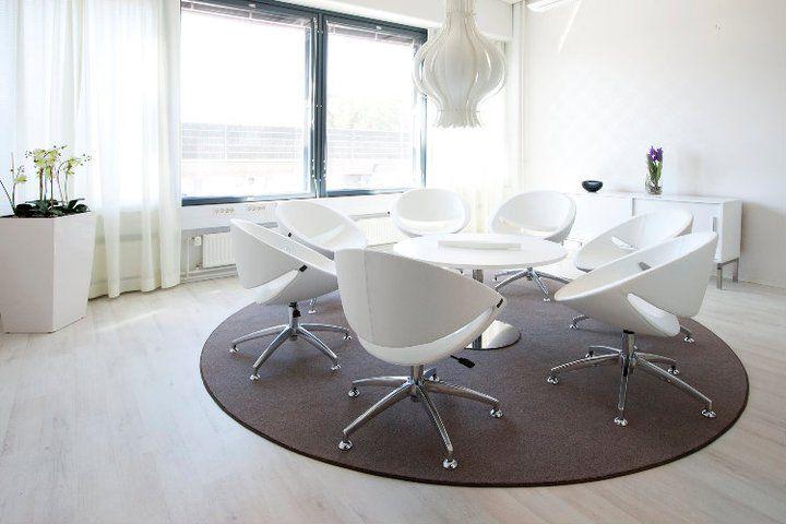 Office, meeting room, interior design. Toimisto, neuvotteluhuone, sisustussuunnittelu. Kontor, mötesrum, inredningsdesign.