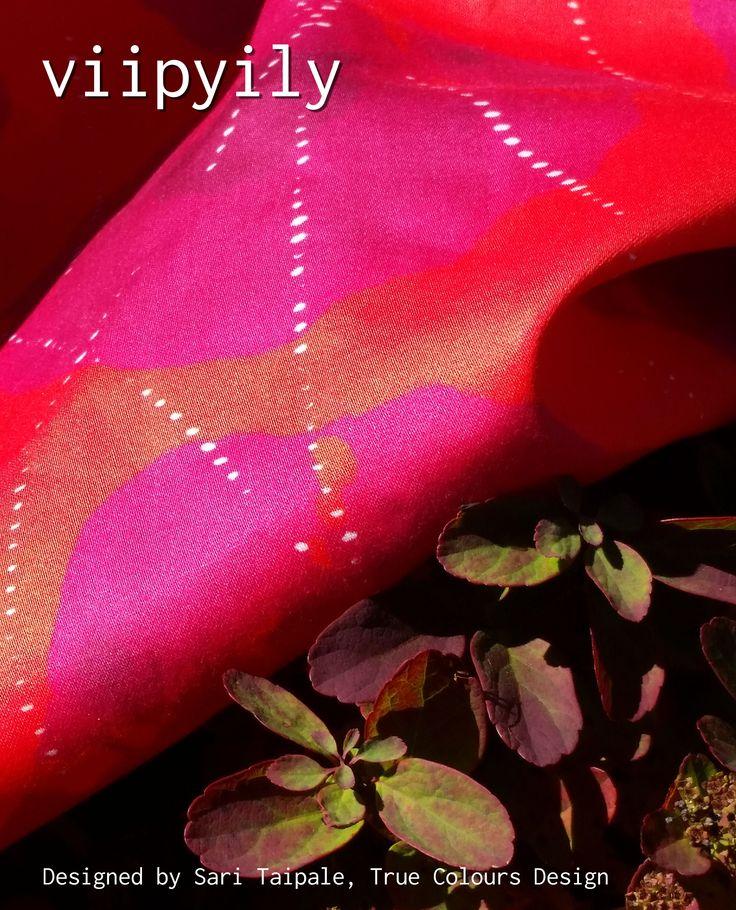 Viipyily, uusi digitaalisesti tulostettu tilauskangas puuvillasatiinia, Design Sari Taipale #habitare2014 #design #sisustus #messut #helsinki #messukeskus