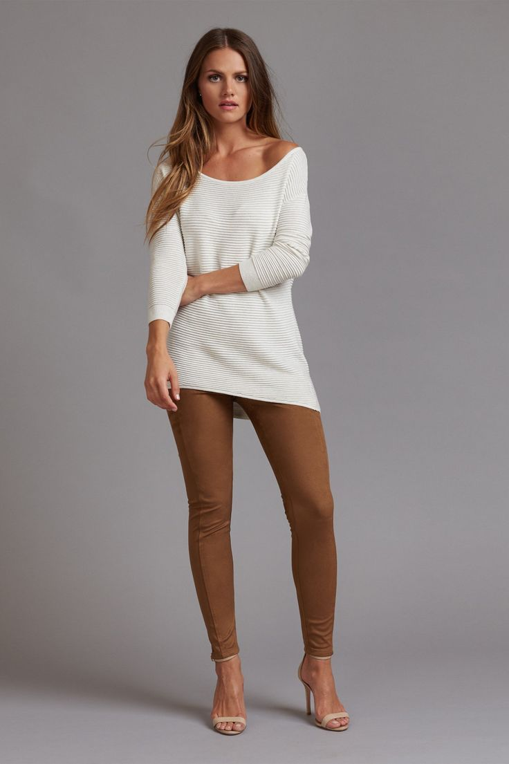 Take your '70s addiction to the next level with this must-have suede leggings.