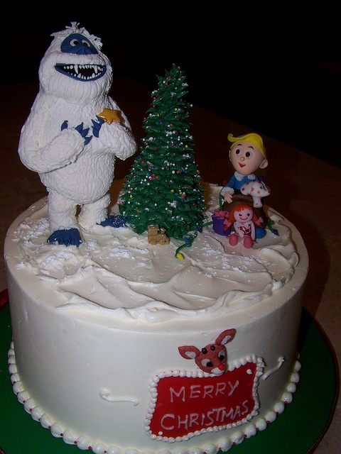 Rudolph the Red Nosed Reindeer #cake Hermie and the misfit toys help the Bumble decorate for Christmas ;)