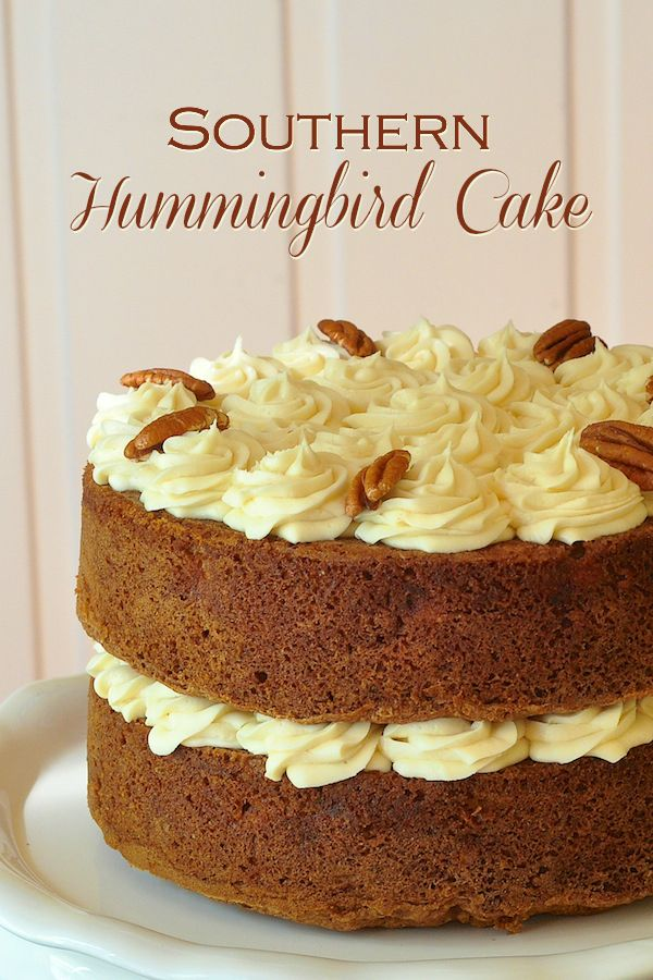 Hummingbird Cake is a close cousin to the carrot cake but with bananas, pineapple and crunchy pecans as the stand out flavours. It still loves to be paired with luscious  cream cheese frosting though.