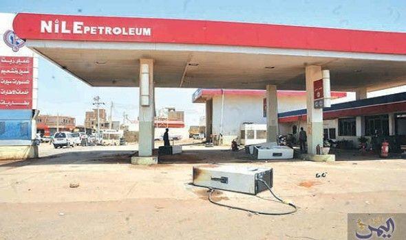 أزمة كبيرة تضرب محطات الوقود في الخرطوم واصطفاف السيارات لساعات Home Decor Outdoor Decor Decor