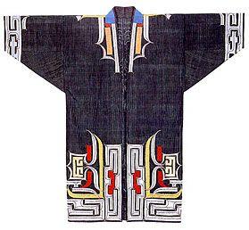 Ainu pattern kimono 木綿の着物「ルウンペ」の文様