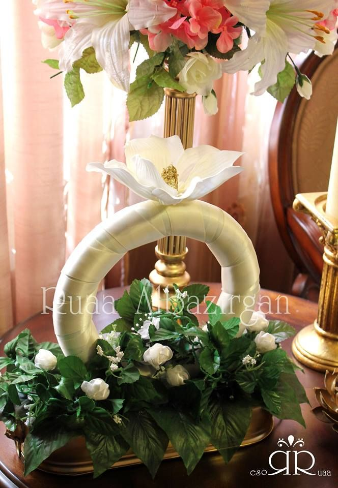 Flower Arrangement for Engagement ring by Ruaa Rose
