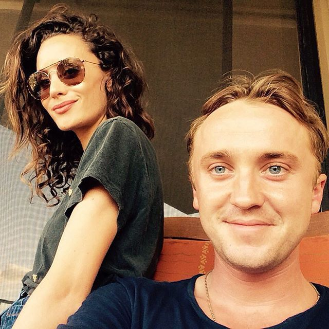Pin for Later: This Week's Cutest Celebrity Candids Tom Felton Tom Felton snapped a selfie with his girlfriend, Pitch Perfect 2 star Jade Olivia.