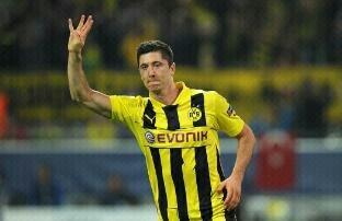 Lewandowski 4 goals